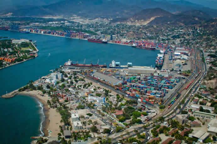 Disminuye 13.2% carga en puertos mexicanos