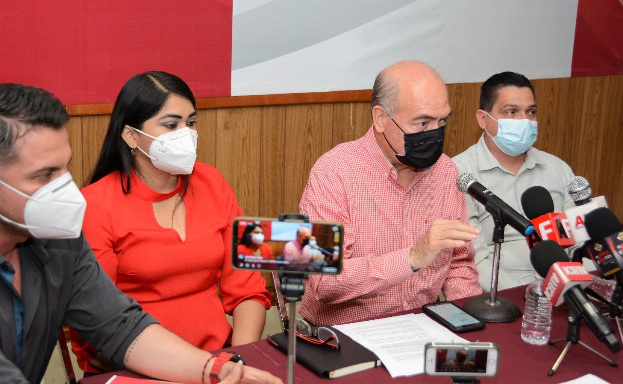 Denuncian ante la fiscalía a Indira Vizcaíno por robo, encubrimiento y peculado