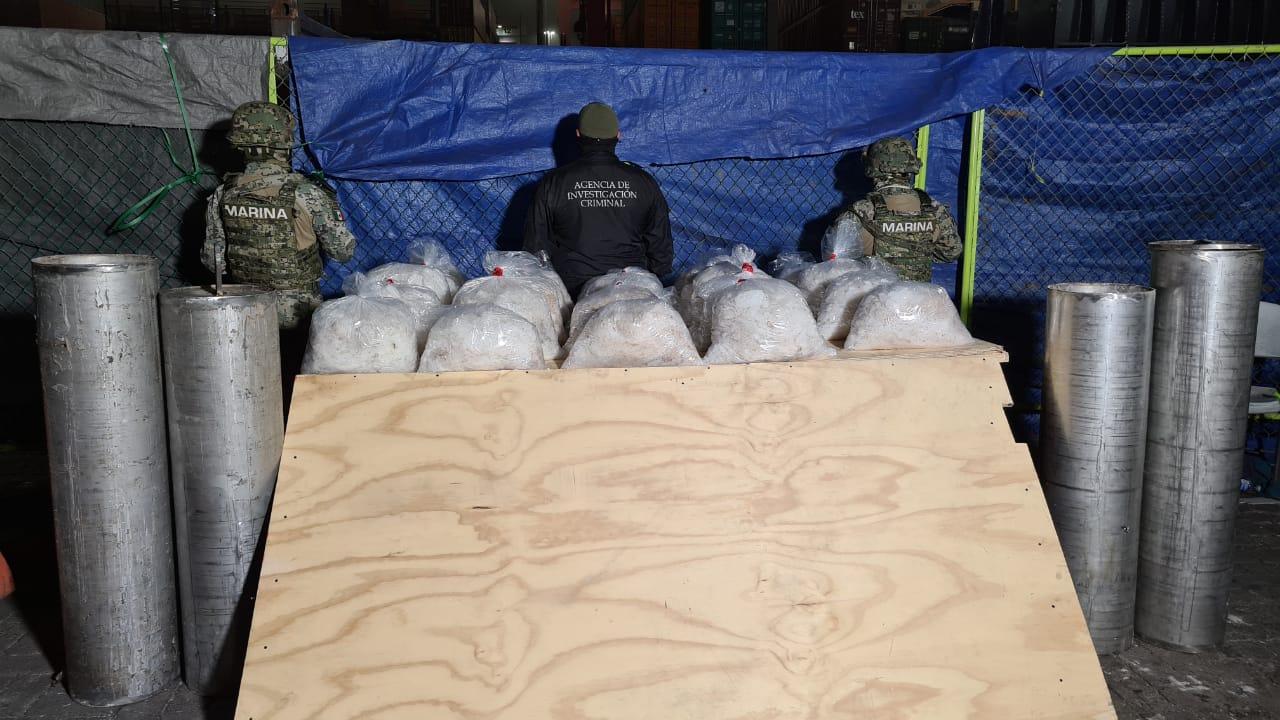 Decomisan 24 bolsas con metanfetamina en el Puerto de Manzanillo