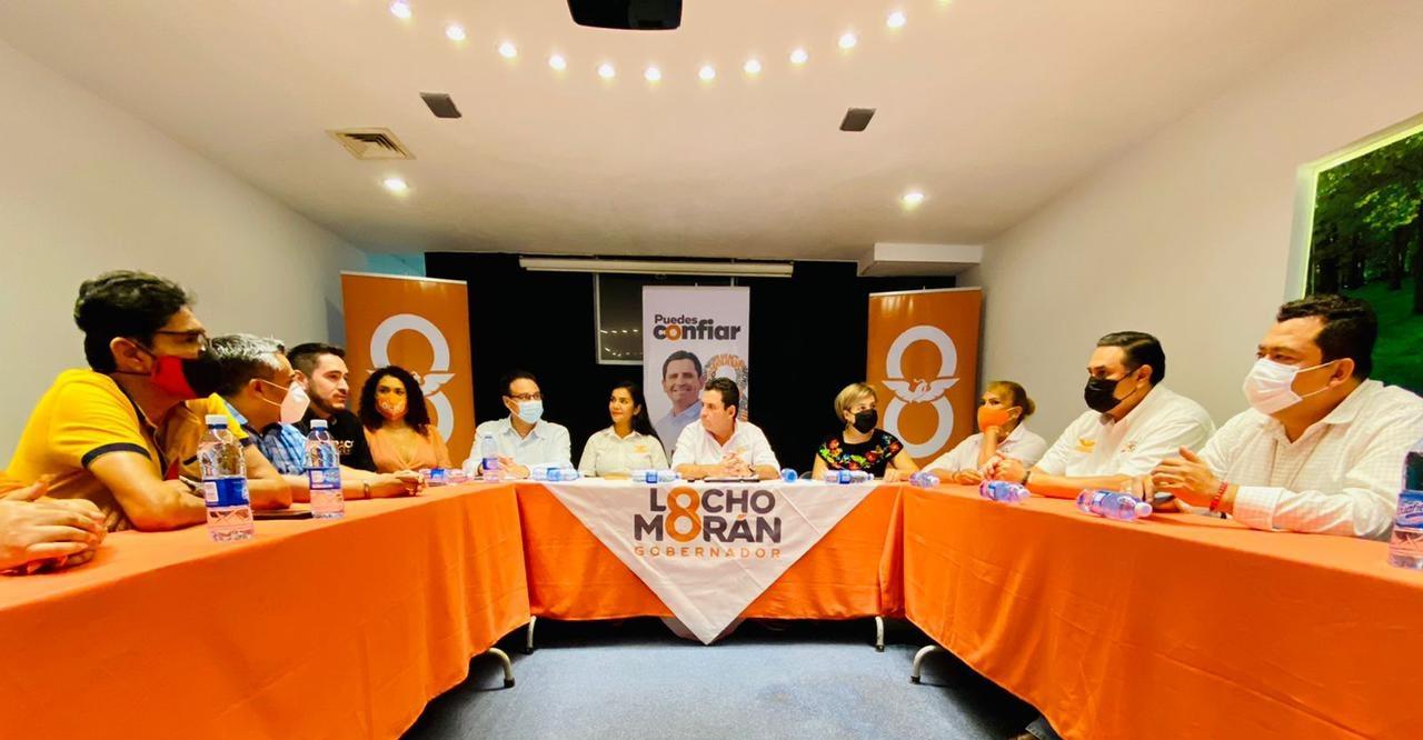 """Buscaremos obtener mayores beneficios del puerto para Manzanillo y el Estado de Colima: Oscar Urdiales """"El Tigre"""""""